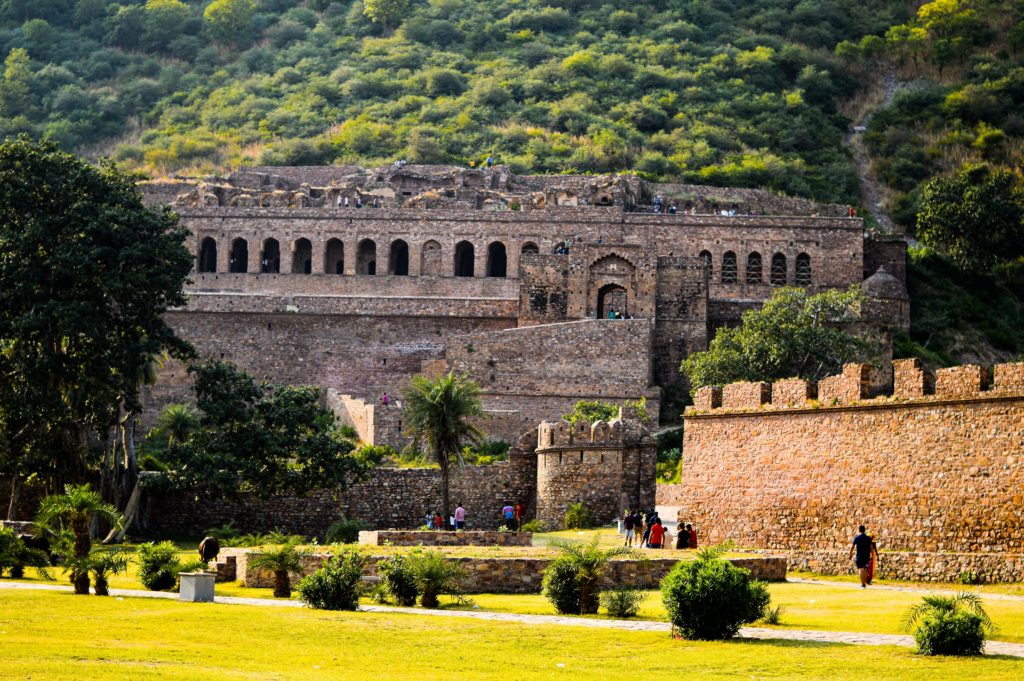 Trip to the haunted Bhangarh fort